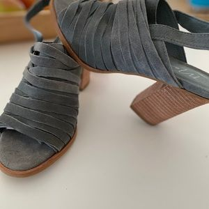 Made in Brazil! Cool leather heels